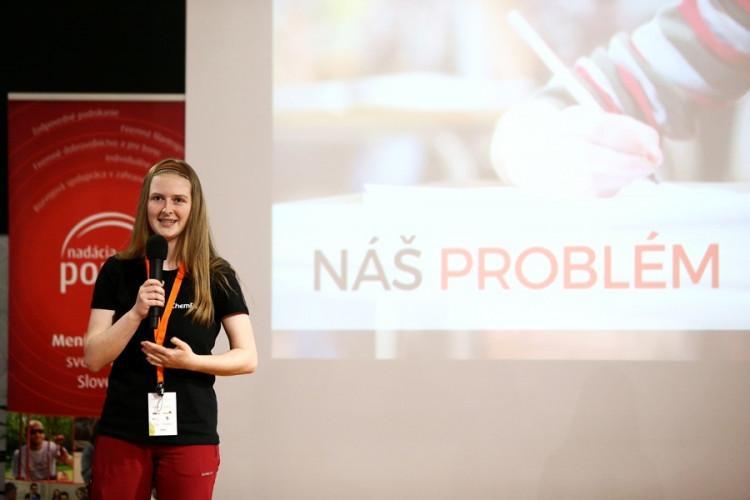 hra ChemPlay Generacia 3.0 víťaz 1. ročníka 2017 Ivana Kravárová prezentuje
